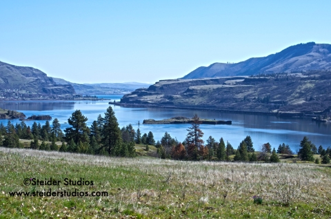 Steider Studios.Columbia River from Catherine Creek
