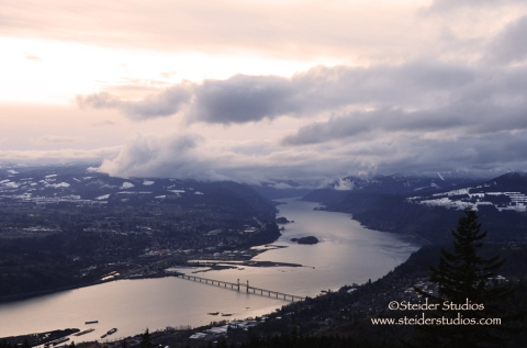 Steider Studios:  Christmas Eve Columbia River Gorge